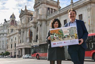 Valencia empieza a celebrar la recuperación de la plaza del ayuntamiento para el uso peatonal
