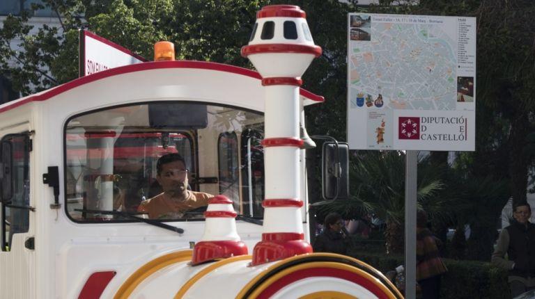 La Diputación visibilizará las fallas de Burriana con las rutas guiadas del 'Trenet Faller'