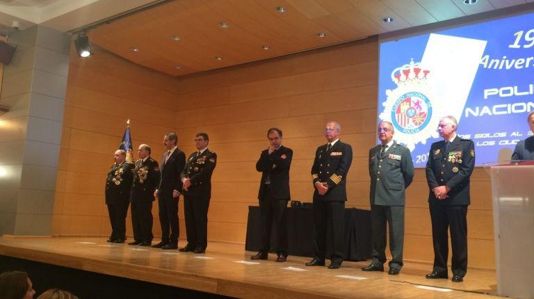 El delegado del Gobierno participa en la celebración del 194 aniversario de la fundación de la Policía Nacional