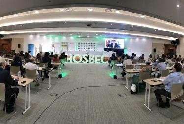 Hosbec celebra su asamblea general con el horizonte de la recuperación turística para el segundo semestre de 2021.