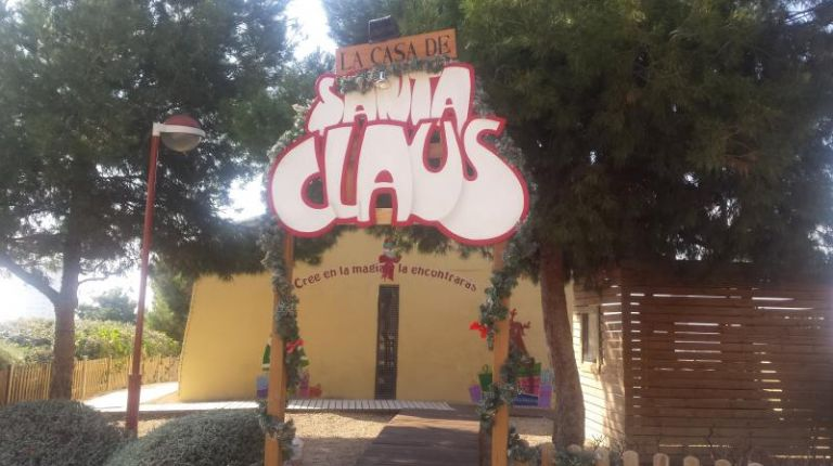La Casita de Santa Claus en Alicante, una visita emocionante para los niños