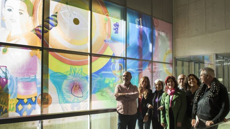 El pop 'kitch' y feminista de la artista Cari Roig llega al MuVIM