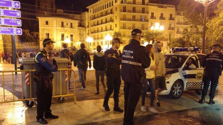 POLICÍA LOCAL REFUERZA EL OPERATIVO PARA HALLOWEEN