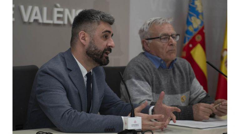 Pere Fuset renuncia temporalmente a las competencias en materia de cultura festiva