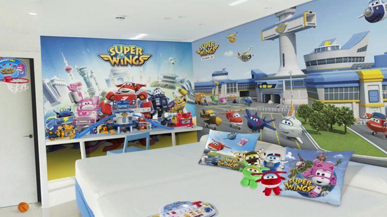 Los 'Superwings' aterrizan en el Hotel del Juguete