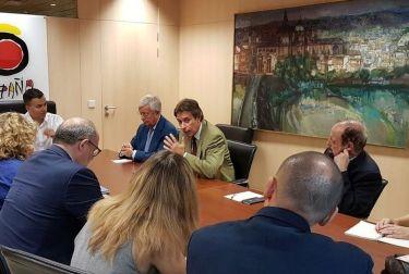Reunión entre Turespaña y la Asociación Española de Enoturismo