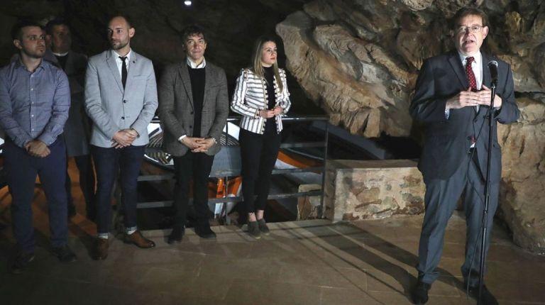 Ximo Puig apuesta por la profesionalización y la diversificación de productos turísticos
