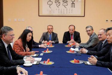 La misión de la Generalitat refuerza las relaciones comerciales con China