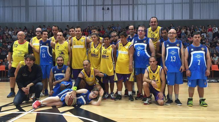 ADERES Burjassot y 'Campeones' disfrutan de una jornada de baloncesto llena de emoción