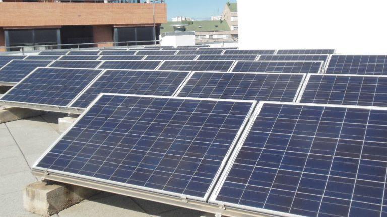 Una nueva instalación de energía solar fotovoltaica cubrirá toda la energía necesaria del edificio del servicio municipal de cementerios