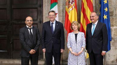 Puig recibe a la embajadora de Argelia en España, Taous Feroukhi