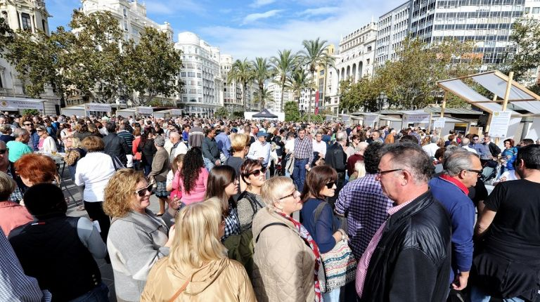 Tastarròs vuelve a la Plaza del Ayuntamiento de Valencia con una oferta ampliada