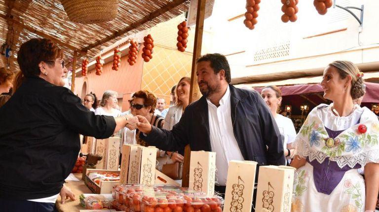 La Diputación de Castellón impulsa el turismo gastronómico con una consolidada VI Fira de la Tomata de Penjar de Alcalà