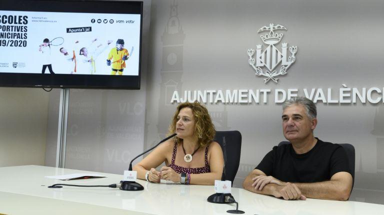 EL AYUNTAMIENTO FOMENTA LA PRÁCTICA DE 21 DISCIPLINAS DEPORTIVAS ENTRE MÁS DE 7000 ESCOLARES