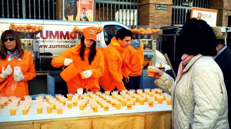 La horchatada y naranjada fallera cumplen su undécimo aniversario