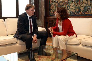 Ximo Puig recibe a la ministra de Hacienda, María Jesús Montero