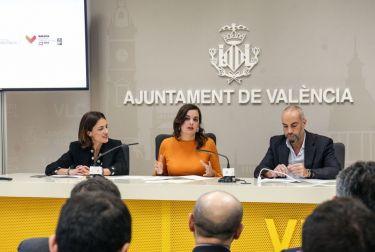 VALÈNCIA ATRAE ESTE FIN DE SEMANA A MÁS DE 50.000 PERSONAS POR EL MARATÓN