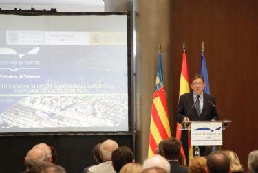 Puig ofrece el apoyo de la Generalitat para convertir el puerto de València en el tercero más importante de Europa