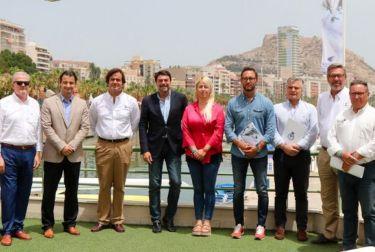 El 'Tabarca Vela Diputación Alicante' inicia una nueva singladura