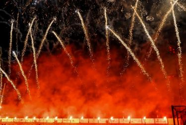El piromusical de Sueca asombra a más de 10.000 espectadores