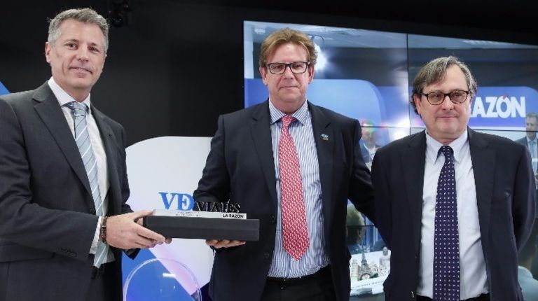 Mundomar Cruceros recibe el premio al mejor Tour Operador de Cruceros en los VI Premios de Turismo del diario La Razón