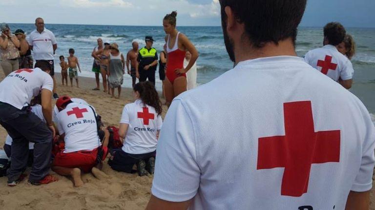 Cruz Roja rescata a 374 personas con en riesgo de ahogamiento en playas de la Comunidad Valenciana