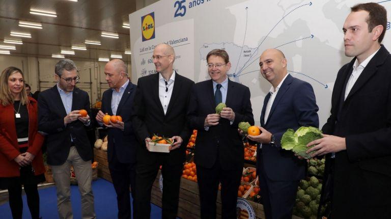 """Ximo Puig destaca el papel de la Comunitat Valenciana como """"centro logístico y de distribución para el conjunto de Europa"""""""