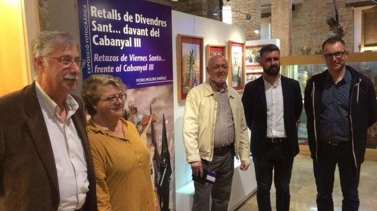 Inauguración de la exposición de fotografía de Pedro Molero 'Recortes de Viernes Santo