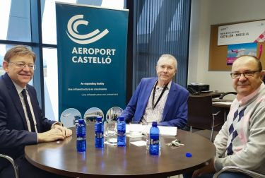 Ximo Puig destaca que la segunda ruta del aeropuerto de Castellón a Londres reforzará la conectividad con el mercado británico