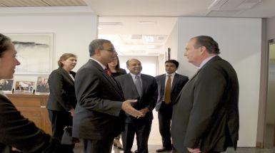 Encuentro empresarial con el embajador de India