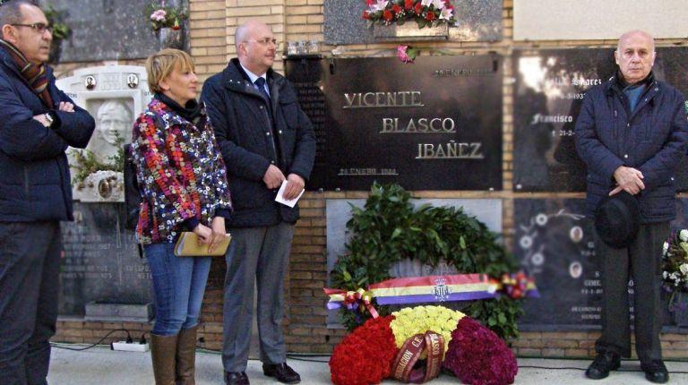 EL AYUNTAMIENTO CONMEMORA LA «VALIOSA FIGURA» DE VICENTE BLASCO IBÁÑEZ EN EL 91 ANIVERSARIO DE SU MUERTE