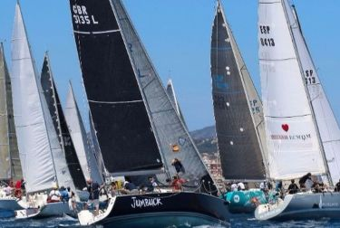 El Trofeo Generalitat Valenciana-MJM de Cruceros inicia su singladura en Torrevieja