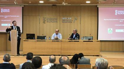 El alojamiento ilegal compite con el nuevo producto hotelero de Benidorm en el mercado español.