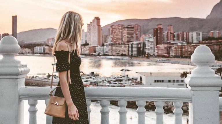 Benidorm mantiene la tendencia bajista y registra un 90,7% de ocupación hotelera en la primera quincena de agosto
