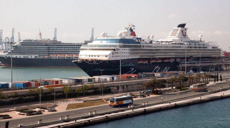 El puerto de Valencia alcanza su récord histórico en cruceristas en un mismo día