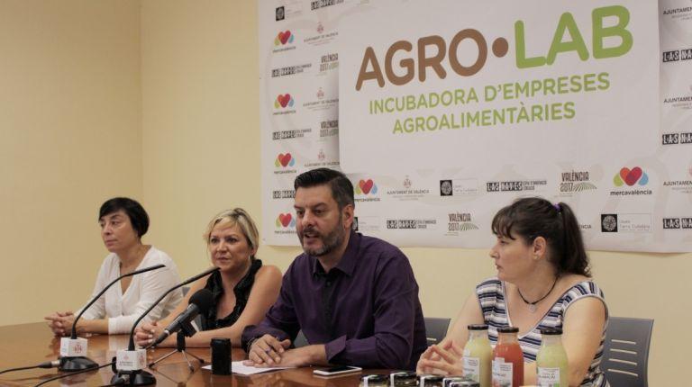 CARLOS GALIANA Y CONSOL CASTILLO PRESENTAN LAS DOS PROPUESTAS